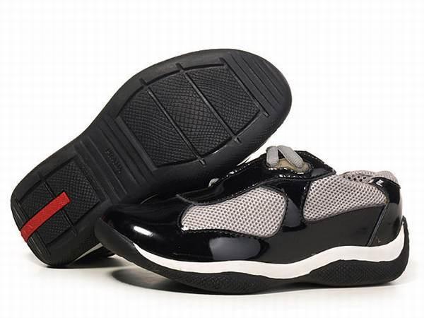 chaussures prada noir vernis pas cher 87d7f53520c